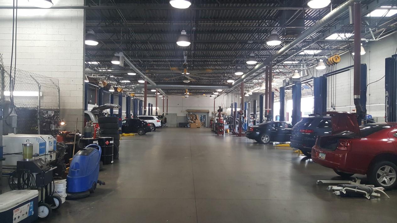 RAM_Chrysler_Commercial_truck_service_center_in_Mesa_AZ